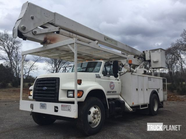 Lift-All L0M-55-2S Bucket on 1996 Ford F800 S/A Truck in