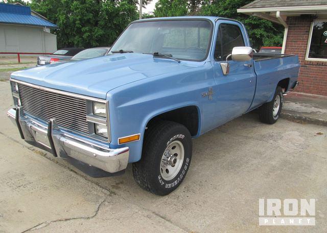 1984 Chevrolet K10 Custom Long Bed Pickup in Broken Arrow, Oklahoma