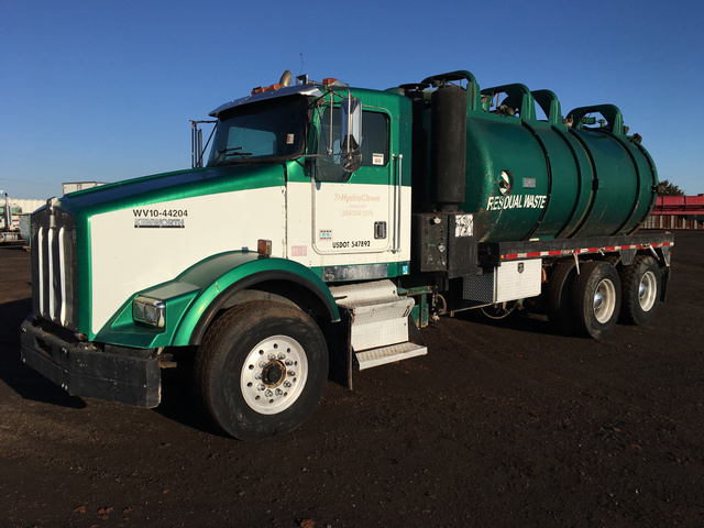 Vacuum Tanker Trucks For Sale | IronPlanet