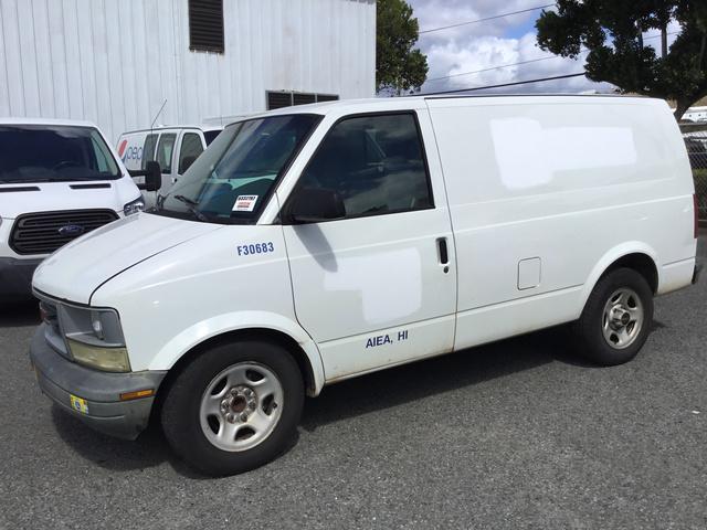 50ccb794b8 2003 GMC Safari Cargo Van