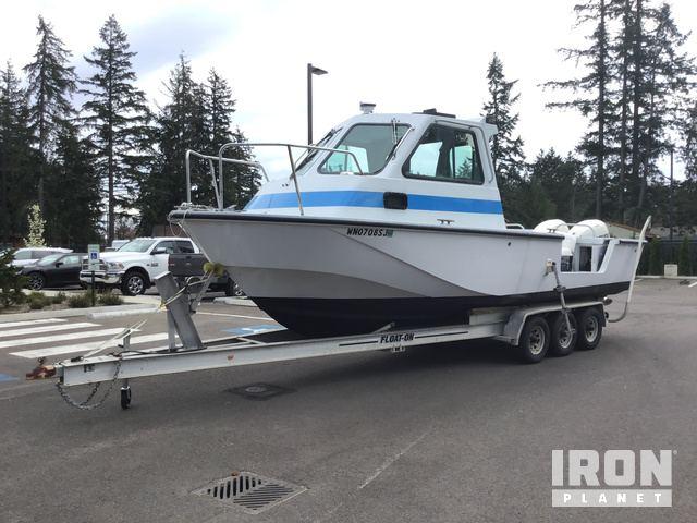 Boston Whaler Boat in Lakewood, Washington, United States