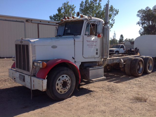 Peterbilt Trucks & Trailers For Sale | GovPlanet