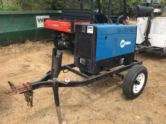 2015 Miller TrailBlazer325D Mobile Multi-Process Engine Driven Welder