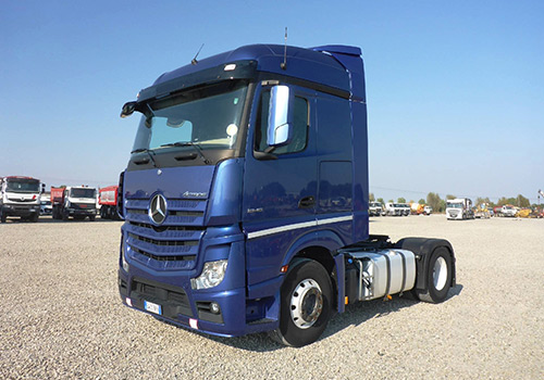 truck tractors for sale